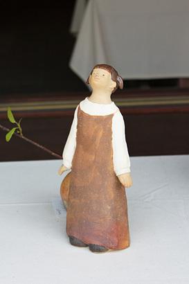 焼き物の人形