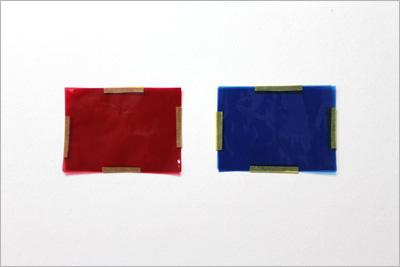 赤と青のフィルム